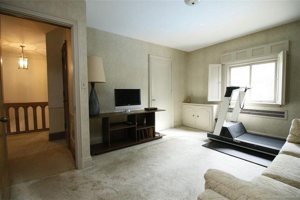 21 Markland Street, Hamilton. Tom Fleming Real Estate